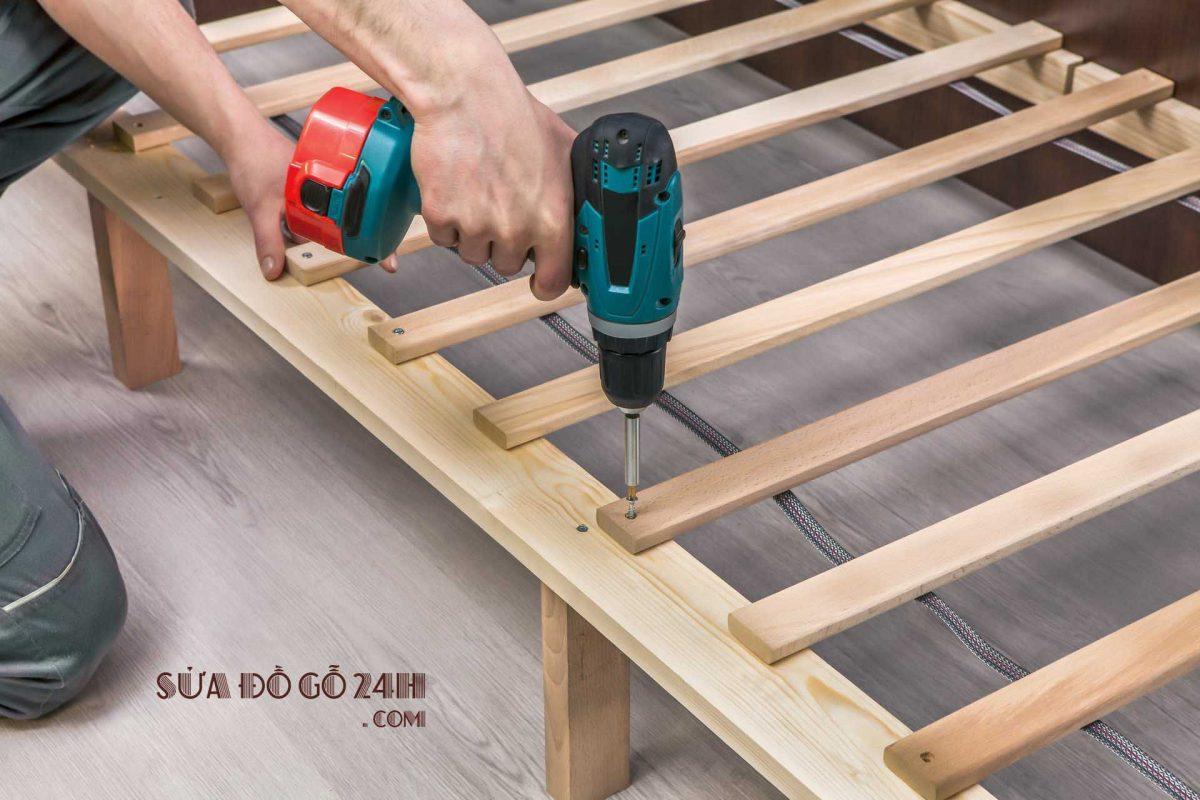 Thợ tháo lắp đồ gỗ tại quận Hà Đông