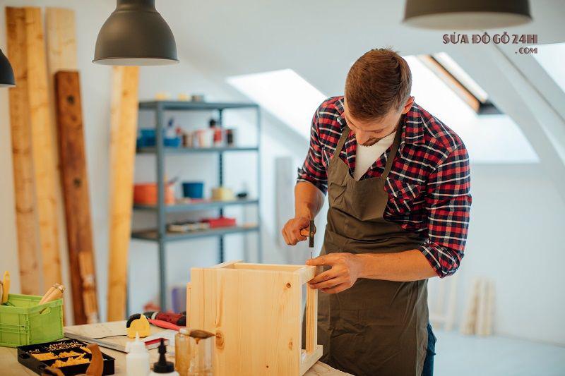 Thợ sửa đồ gỗ tại quận Đống Đa