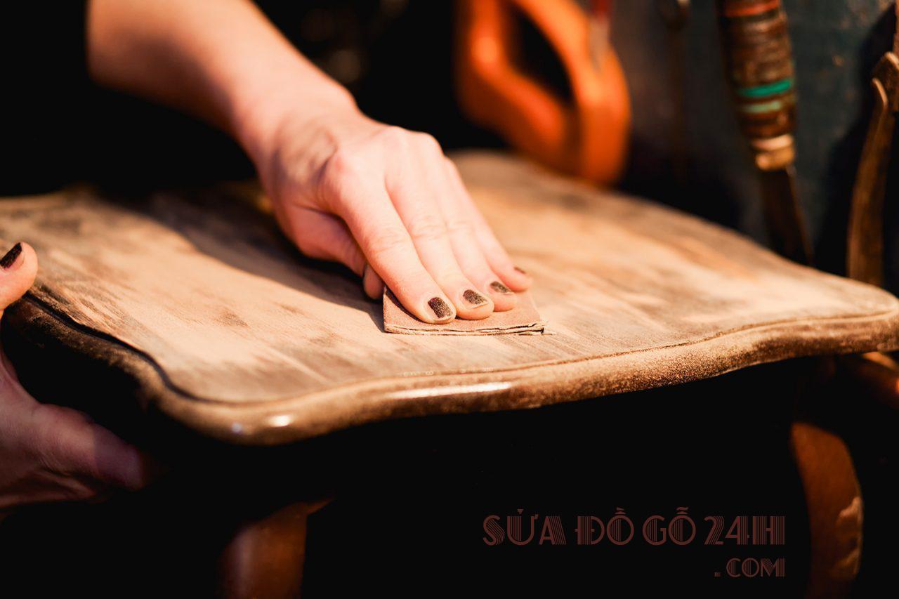 Đơn vị phun sơn đánh vecni đồ gỗ tại Hà Nội