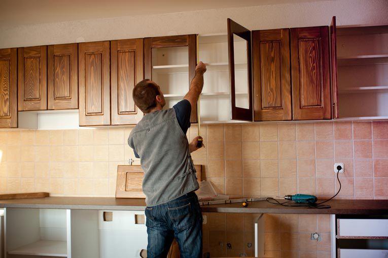 Sửa chữa tủ bếp