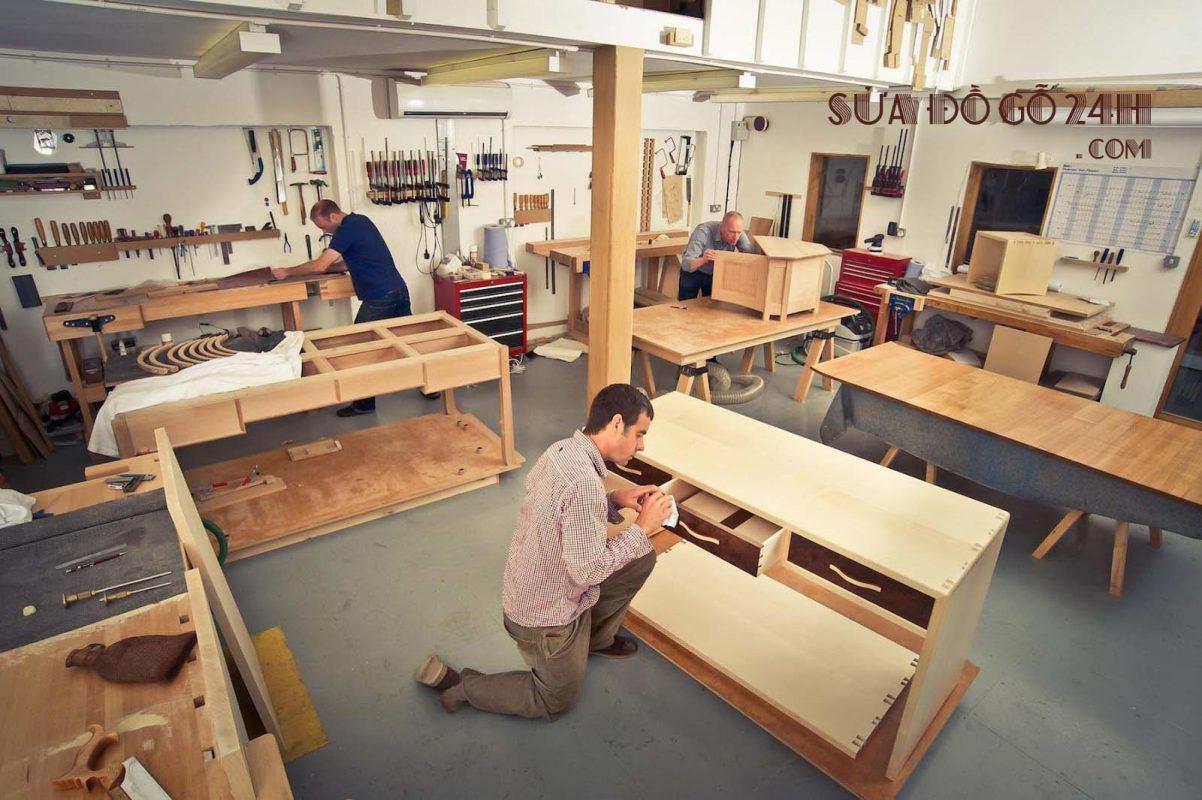 Thợ đóng đồ gỗ theo yêu cầu tại Hoàn Kiếm