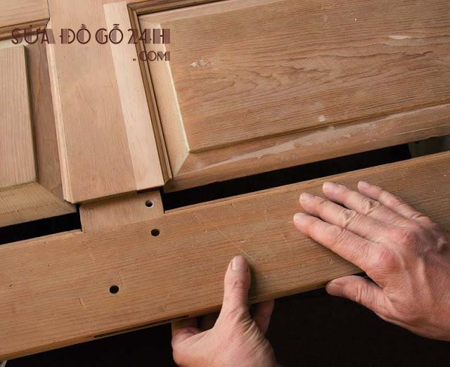 Thợ sửa chữa cửa gỗ uy tín Hà Nội
